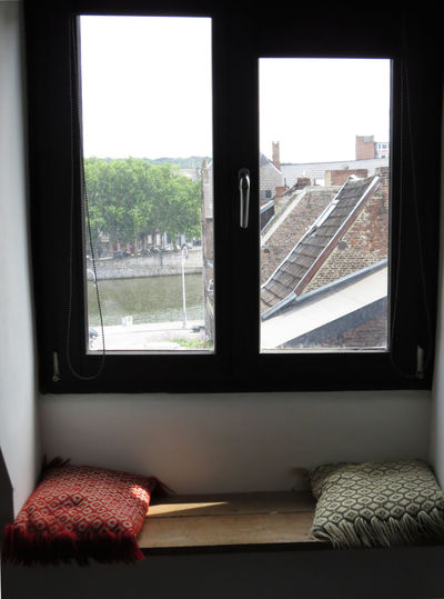 Breathing Space Cozy Places Favourite Places Pillow Architecture Built Structure City Cityscape Cozy Place Cushion Glass - Material Looking Through Window Pillows Sillouette Sitting In The Sun Sunspots Window Window Bench Window Frame Window Sill Window View Windowboard Windows Windowsill Windowview