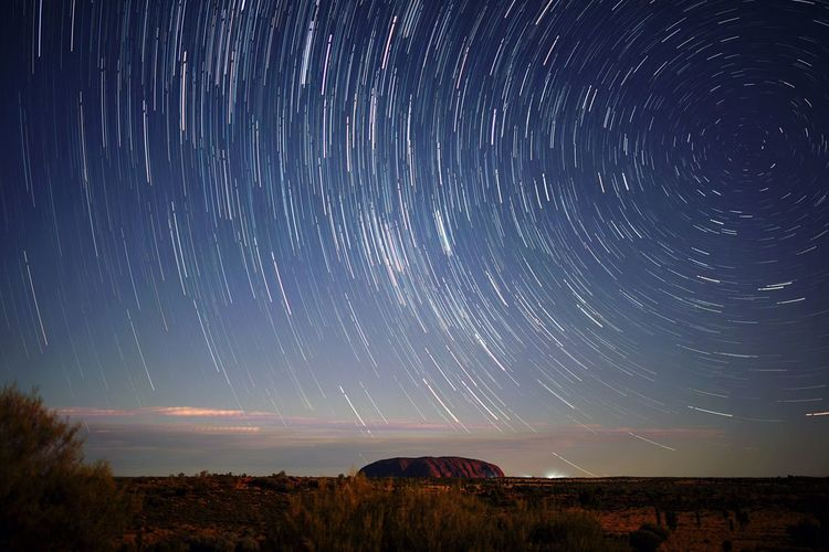 Star - Space Night Astronomy Scenics Star Trail Tranquil Scene Beauty In Nature Dramatic Sky Tranquility Long Exposure Nature Landscape Sky Outdoors Galaxy Constellation Milky Way No People Space Uluru Capture Tomorrow
