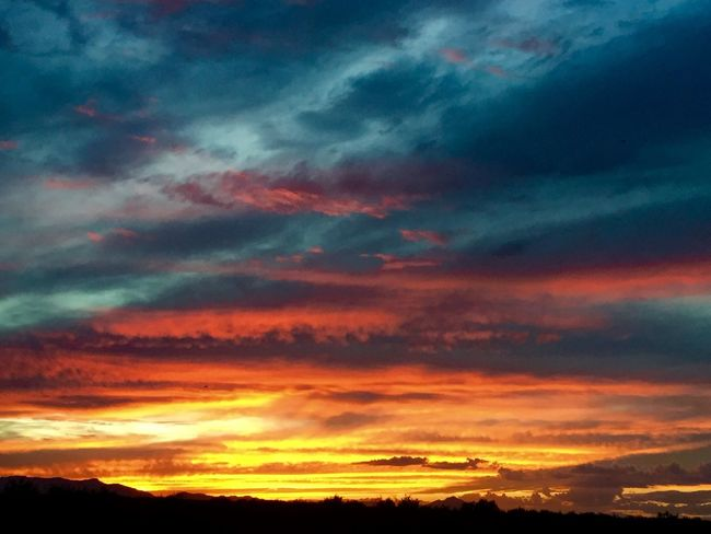 Sunset tonight in Safford, Arizona. Beauty Sunset Desert Skies Arizona Sky Clouds And Sky Nature Photography Skypainters Light Clouds Nature Safford Colors Color Beauty In Nature Landscape_photography Outdoor Photography Arizona Sky Monsoonseason