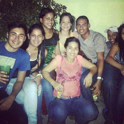 Anoche  Party Family Activos l4l f4f igersvenezuela Venezuela