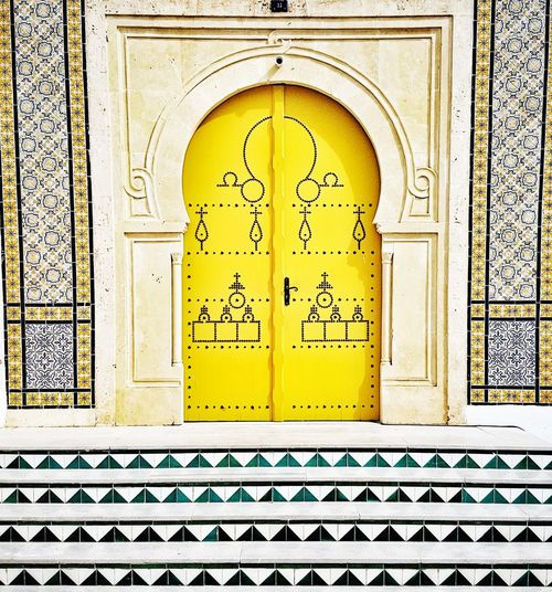 Paint The Town Yellow Door Design Ornate Art And Craft Pattern Arch Day No People Architecture Yellow Close-up Outdoors