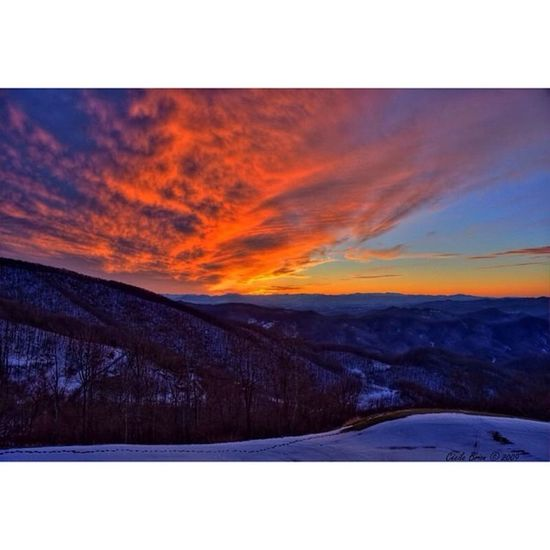 Boone be like... I be that pretty motha fucka, NC's what I'm reppin, tell em take some pics and post em up of the sun settin. Boone AppState Asaprocky ThugSet