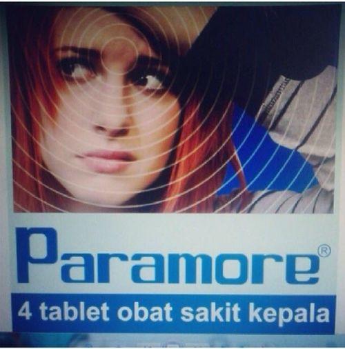 Paramore Migraine Lelucon Makassar
