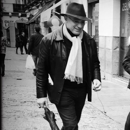 Smile Streetphoto_bw Monochrome_life EyeEm Bnw Bw #bnw #BWcollaboration #istanbul #blackwhite #blackandwhite