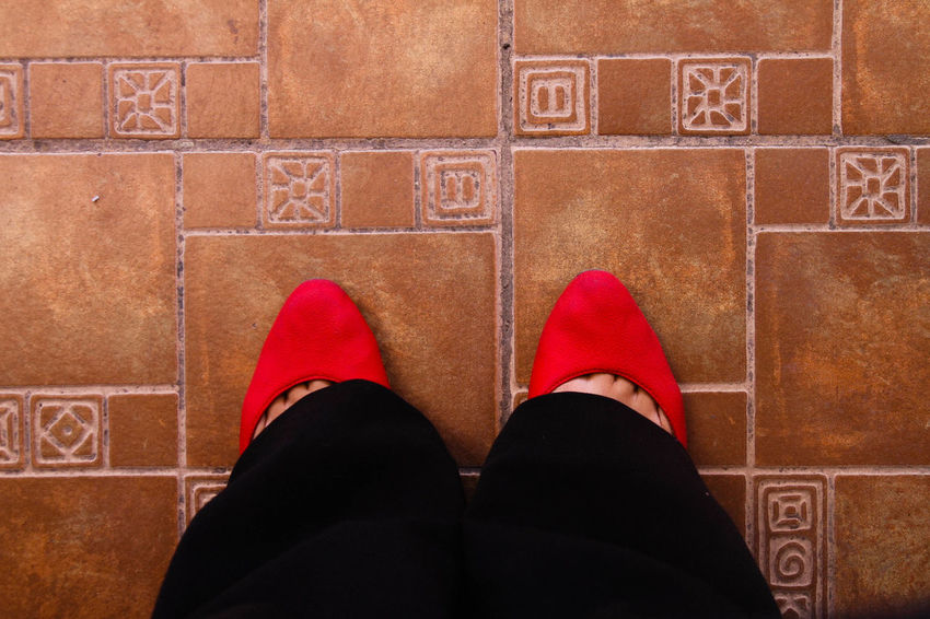 Floor Tiles Human Body Part Human Leg One Person One Woman Only Personal Perspective Red Red Shoes Shoe Standing