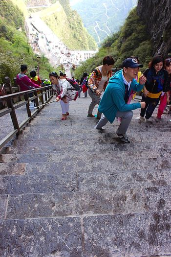 Steps Up To The Sky People Taking Pictures Selfies Mountains Trees Tianmen Mountain Zhangjiajie Hunan China Advanture Structures Steps Outdoors Travel Athleisure Colour Of Life Eyeemphoto A Bird's Eye View People And Places
