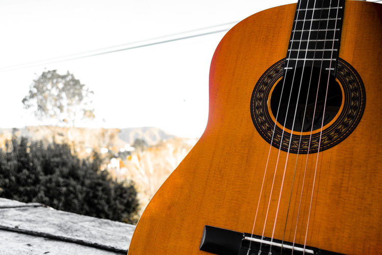 Paisaje musical EyeEmNewHere Guitar Musical Instrument Music Arts Culture And Entertainment Musical Instrument String Close-up