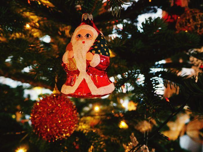 Christmas Spirit Celebration Christmas Decoration Santa Claus Christmas Tree Candle Light Christmas Background Christmas Lights Christmas Ornament Illuminated Indoors  Close-up Hanging