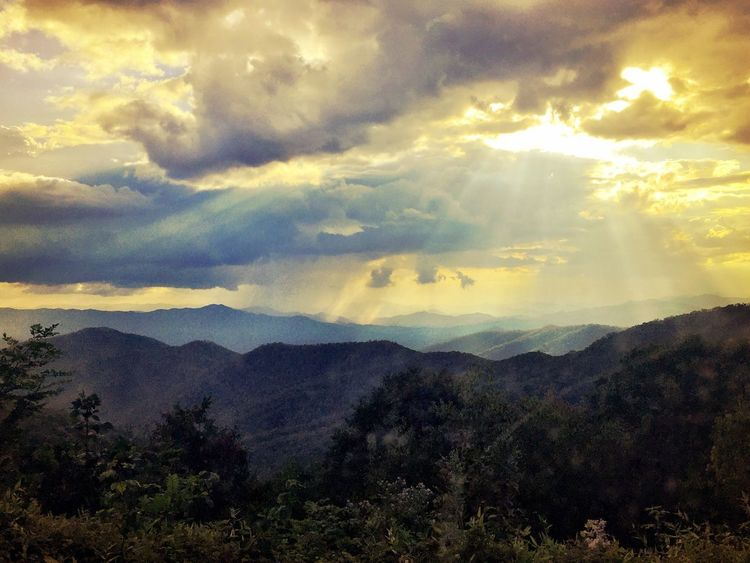 Nature Mountain Sky Beauty In Nature Tranquility Tranquil Scene Landscape Cloud - Sky Scenics No People The Great Smoky Mountains The Week On EyeEm Tree Outdoors Day