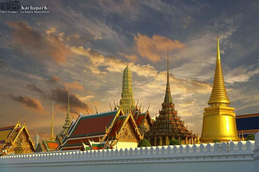 Grand Palace #Thailand #Bangkok #palace City Place Of Worship Gold Colored Religion Gold Spirituality Pagoda Architecture Sky Travel