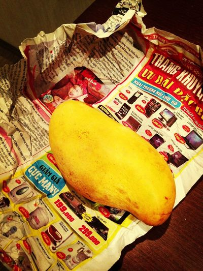 My friends are the best! the real vietnamese mango!!!