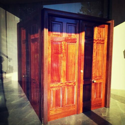 convergencia Architecture Reflection Door Cubo