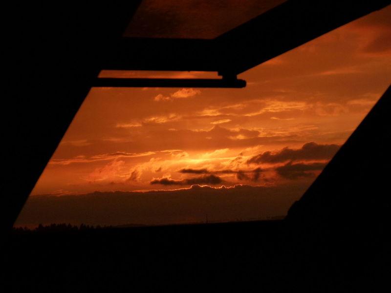 Orange Color Sunset Cloud - Sky No People Sky Outdoors Scenics Nature Beauty In Nature Day Abendhimmel Abendsonne Abendröte Eyem Nature Lover