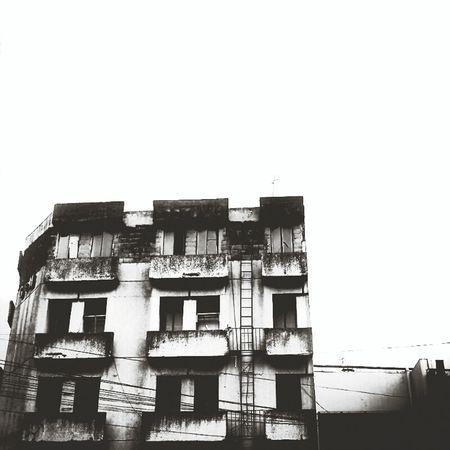 Building Urban Monochrome Streetphotography