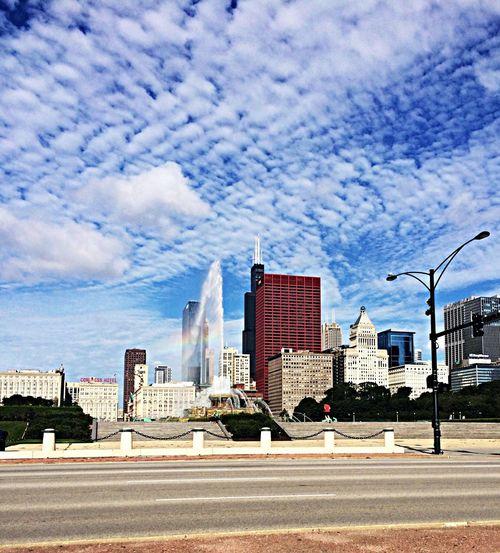 Walking Around Soaking Up The Sun Architecture Chicago