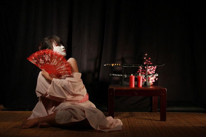 Celebration Celebration Event Cultures Dark Flooring Glowing Illuminated Japanese  Kimono Makeup Night Photography Sakura Samurai