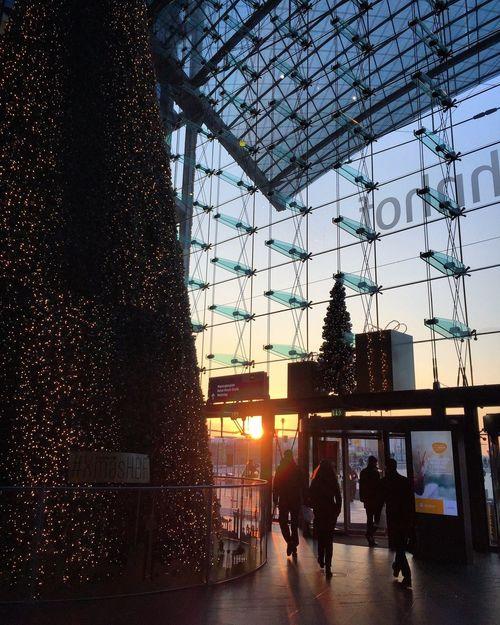 City Sunset Sky Architecture Built Structure Silhouette Real People Modern Men Women People Adult Berlin Hauptbahnhof Berlin Hauptbahnhof Christmas Tree