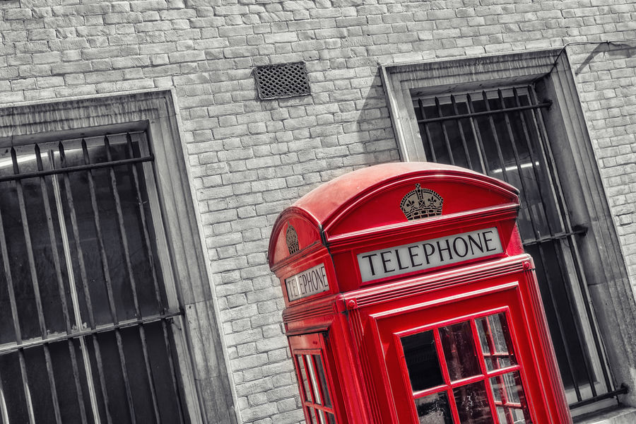 Red Telephone Booth in London Great Britain London Red Telephone Booth Telephone Box United Kingdom Westminster Architecture Black And White Building Exterior Color Key Communication Day No People Outdoors Pay Phone Phone Phone Booth Phone Box Red Red Telephone Box Technology Telephone Telephone Booth Telephone Line Vintage