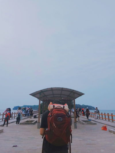 Traveler Traveladdict Beach People Men Outdoors Enjoyment Day Sky Nature Travel Destinations Inframe Full Frame One Person One Man Only Standing Only Men Blue Blueocean Sea Vacations