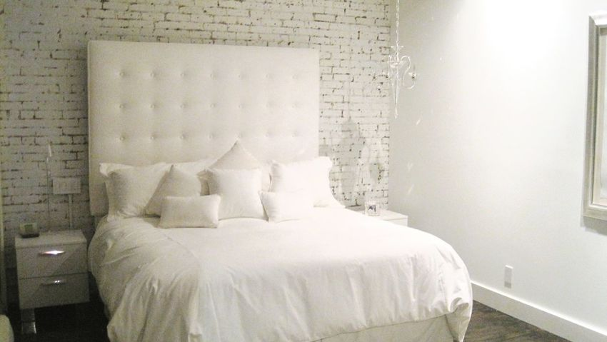 Blind White: paikura© NYC EyeEm Best Shots Eye4photography  Interior Design AMPt_community White Bedroom Bed Brick Wall Interior Style