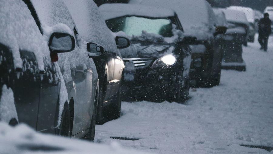 恶雪 Water Snowing Snow Cold Temperature Winter Car Wash Land Vehicle Car Spraying City