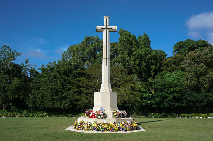 Labuan Malaysia-Nov 14,2016:White cross in the Commonwealth World War II graveyard in Labuan,Malaysia.Remembrance Day or Poppy Day in Borneo will be observed at Labuan World War II Memorial ground. Commonwealth Cross Labuan Pearl Of Borneo Memorial Memorial Day Monument Poppy Day Remembrance Day Soldiers And Sailors Monument Veterans Day Veterans Memorial Veterans To Remember Veteransday Worldwar2