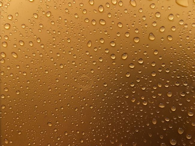 Backgrounds Full Frame Drop Wet Water Pattern No People Textured Effect RainDrop Textured  Gold Colored Refreshment Abstract