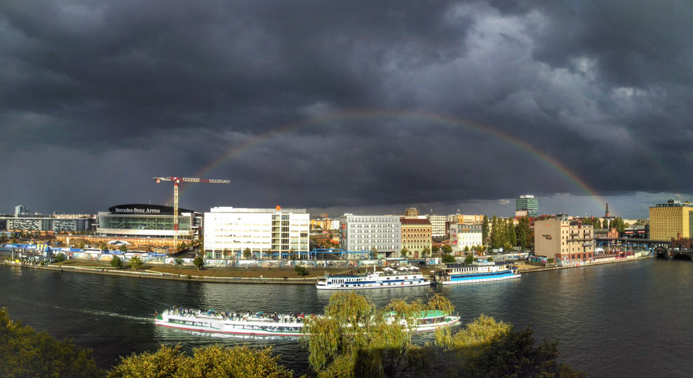 Friedrichshainer Rainbow Cityscape Thunderstorm Sky Crane Spree East Side Gallery Clouds Rainbow