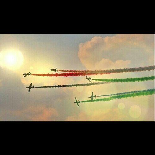 UAE NATIONAL DAY Airshow.. Uae,abudhabi Corniche Abudhabi Nationalday