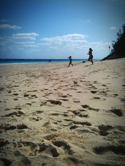 Beach Sand Sea Tranquility Vacations Lifestyles Travel Kids Racing Leisure Activity Tranquil Scene Scenics Sky Water Beachphotography Beach Life Beaches Bermuda People And Places
