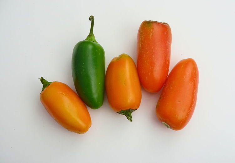 Green Guatemala Hot LatinAmerica Mexico Orange Spicy Chili  Colorful Groceries Jalapeno Jalapeños Peppers