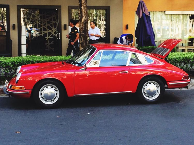 Back to the classics 912