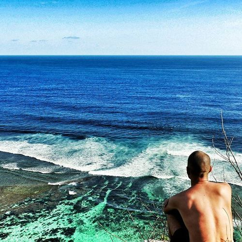 Everyday routine, so much inspiration. Just listening the ocean. 🌊🏄🎥🎬❤ Bali Karmabeach Uluwatu Ocean waves beach whitesand solitude horizont panasonic gh4 photo photooftheday instagood instapic vsco ilovebali indonesia love happy friends amazing view warrenjc indonesia