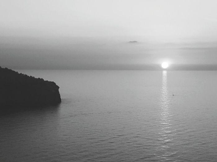 Majorca Port Soller Jumeirah Sunset Blackandwhite Sea Samsung Galax Sky