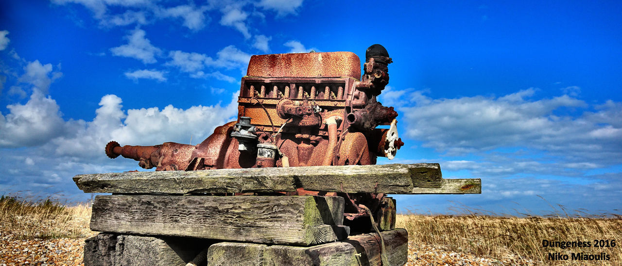 Boat Winch Cloud Cloud - Sky Day Deterioration Dungeness Dungeness Kent Grass Industrial Decline Landscape Nature No People Obsolete Old Old Engine Outdoors Romney Marsh Run-down Rust Rusty Rustygoodness Sky The Past The Pilot Inn Dunge Tranquility