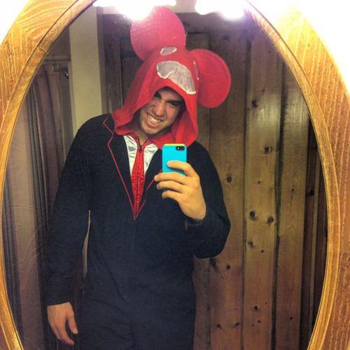 MirrorPicMonday new onesie! Deadmau5