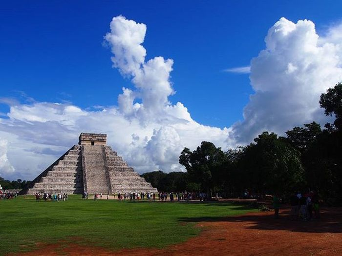 Chichen Itza in Mexico, you cannot understand the scale of the temple in until you get to walk around it. ___________________________________ Mexico Chichenitza Chichenitza Mayan Mayantemple Mexico2015 Temple Pyramid Clouds Cloudporn Cloudscapes Cloud Forest History Historical Historicalplace Alottolearn Travelmexico Travelworld Wanderlust Travel Travelgram Instatravel Mytravelgram Olympus architecture