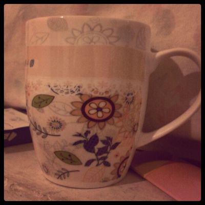A little belated but here's the mug my sun and stars gave me for Valentine's Day.