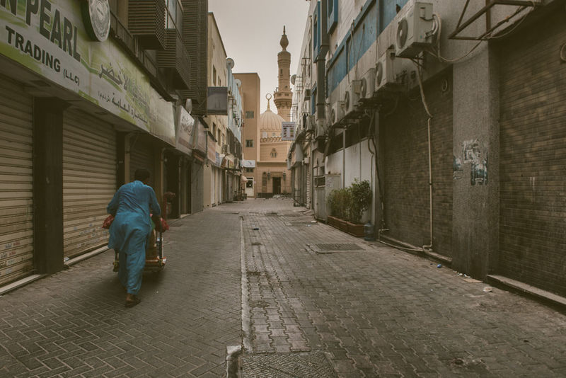 Architecture Building Building Exterior Built Structure Diera Mosque Mydubai Outdoors Vanishing Point Walkway