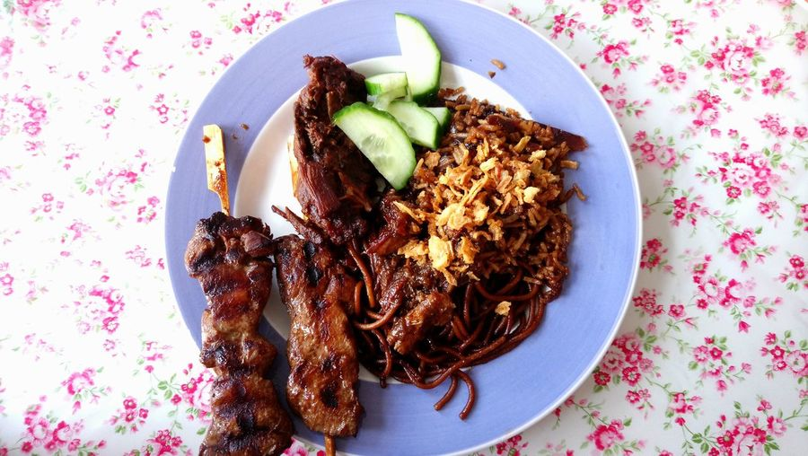 Chicken Plate Fresh Food Sate Suriname Food Comfort Foods Cucumber Plate Studio Shot High Angle View Close-up Sweet Food Food And Drink