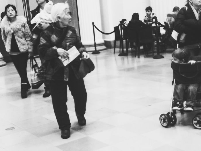 Black And White Photography Old People Elderly Museum Chicago The Field Museum People Watching People Stop Motion Photography In Motion
