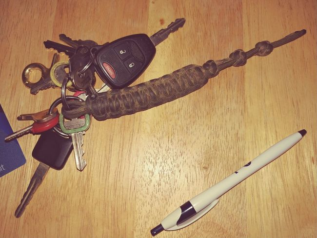 Oakstrails Photos Indoor Photography Weird Stuff No People Close-up Indoors  Keys Keys Photography Car Cars Key Chain Key Chains Key Collection Paracord Paracord Key Chain Card Key Card Keycard Truck Keys Truck Door Keys Keys For Doors Keys For Cars Keys For Truck Braid EyeEmNewHere
