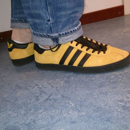 Todaystrotters Todaytrainers Adidasjamaica Adidasislandseries Trefoilonmyfeet Ramon085 Keepitcasual Casualclobber Burberry CPCompany Lacoste Edwinjeans Stoneisland  Casualfriday Tgif Moderncasuals Clobberlads Awaydaymadness Supercasual_ Supercasual Firstrowholesup