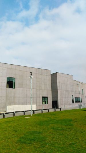 Hepworth Gallery Concretedesign Urban Geometry Architecture Wakefield 3 Layer Photography Building And Sky Building Exterior Urban Landscape Windows
