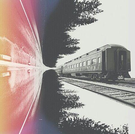 The right way? Train Way Street Black & White VSCO Vscocam Mextures Fragmentapp Unionapp Shift