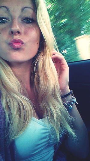 Beauty. Kiss ✌