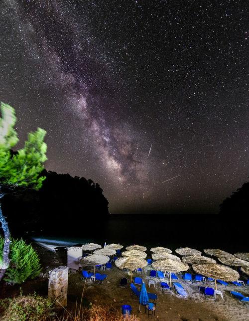 Perseid Meteor Shower Alonaki Alonaki Beach Galaxy Nikon Panorama Beach Milky Way Milky Way Galaxy Night Perseid Perseid Meteor Shower Persida Persides Sandbeds Star Stars Summer Tokina 11-16 Mm F/2,8 Umbrellas