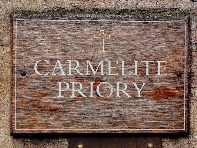 EyeEm LOST IN London Carmelite Carmelite Church Carmelite Monastery Carmelite Priory Kensington Kensington London Kensington Church Street Roman Catholic Priory Postcode Postcards