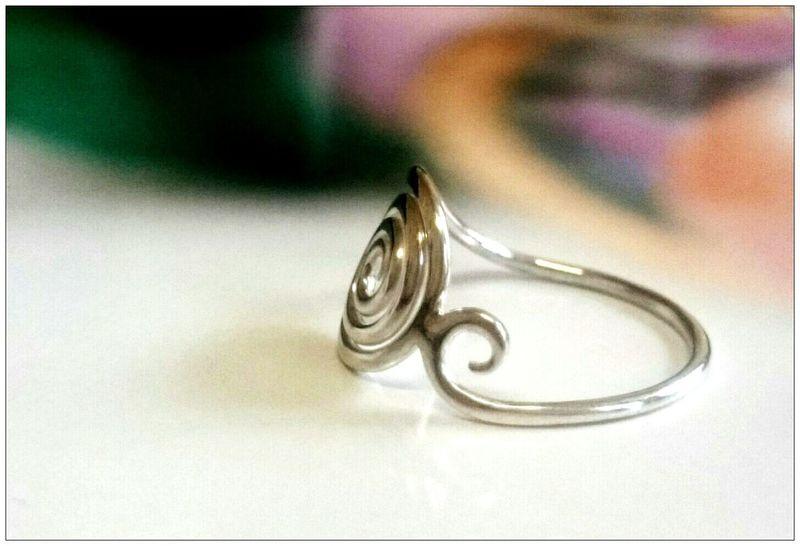Bague en Argent Silversmith Jewelry Bijoux Creation Madewithlove Handmade Lesbijouxdesteph Stephaniefleurycreation Atelier