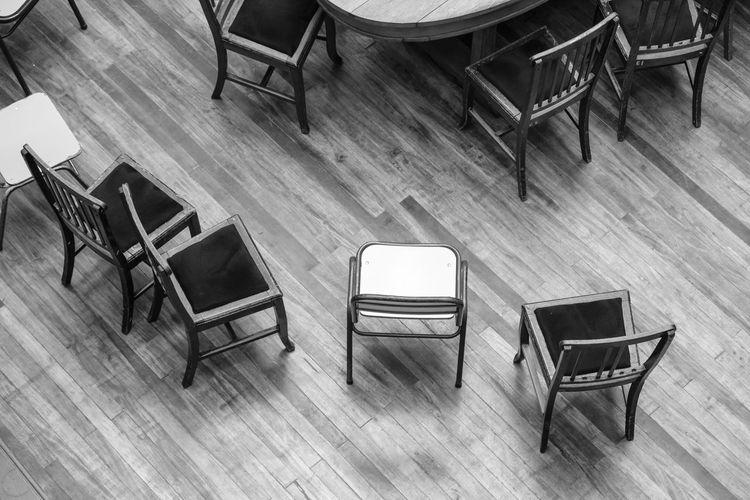 Absence Chair Day Empty Folding Chair Furniture Hardwood Floor Indoors  No People Office Chair Seat Table Wood - Material Wooden Floor